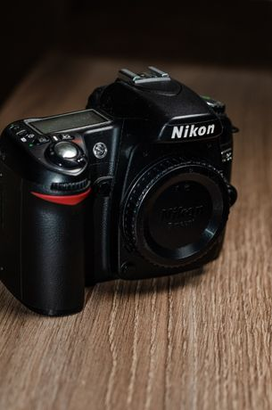 Фотоапарат Nikon D80