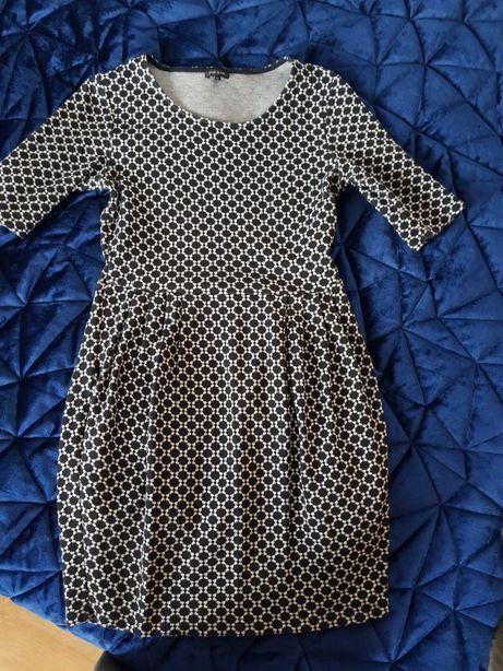 Sukienka we wzory s/m