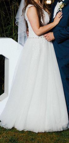 Suknia ślubna biała M/L litera A dekolt V koronka tiul Adriana Reina