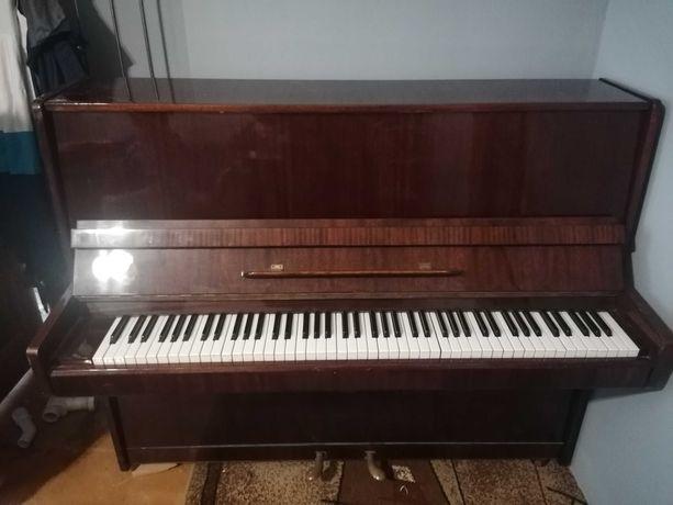Pianino sprzedam 200zł