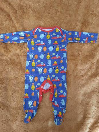 Sprzedam śpioszki niemowlęce rozm. 3-6 miesięcy