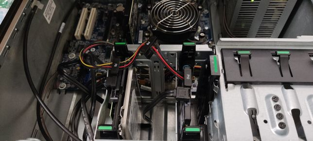 HP WorkStation Z210 Xeon E3-124  (i7 2600)