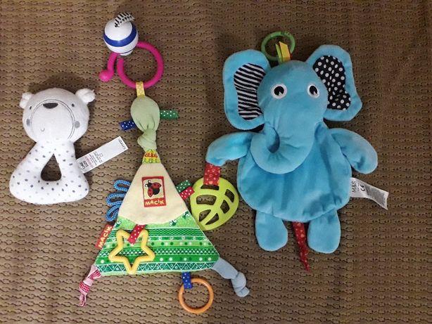 Мягкие игрушки на коляску