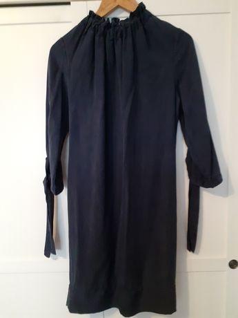 Granatowa sukienka rękaw do łokcia