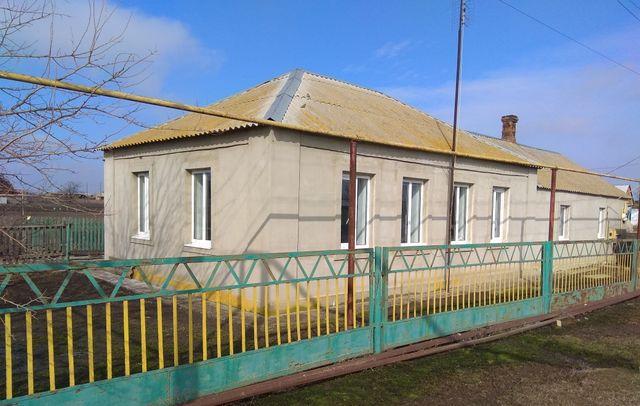 Продажа продам дом дача квартира пгт. Ялта пос Мариуполь поселок