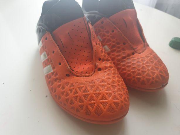 Футзальные Adidas кроссовки, 31 размер