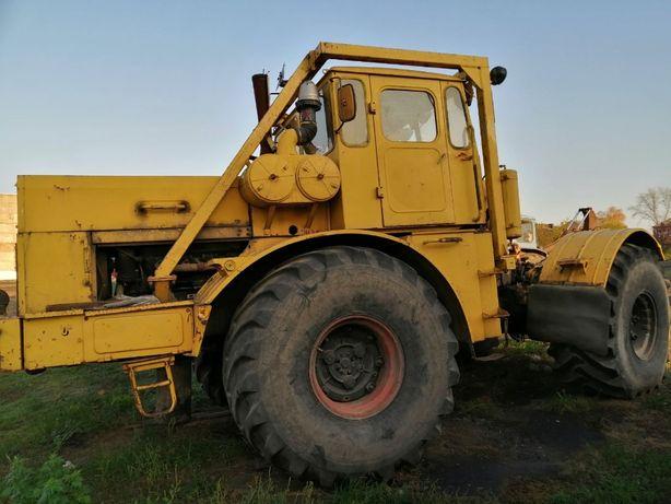 Трактор колісний К-700А