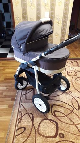 Продам польскую коляску в хорошем состоянии после одного ребёнка