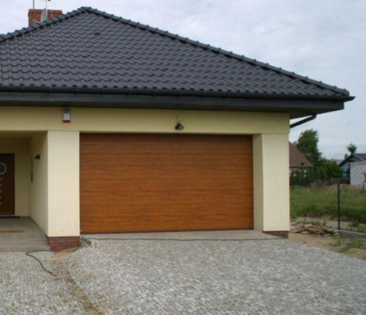 Brama na PILOTA ZŁOTY DĄB 2500x2250 garażowa segmentowa ocieplana
