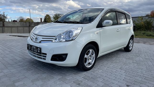 Nissan note 2012