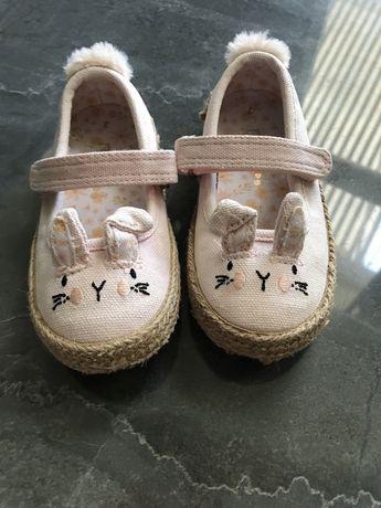 Продам туфли  next на девочку