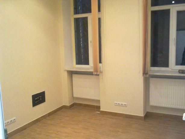 ПРОДАЮ помещение 65 м2, 1 этаж, отд.вход. ул.Б.Хмельницкого, 9-Б