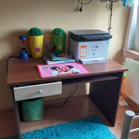 Regał i biurko i dwie komody