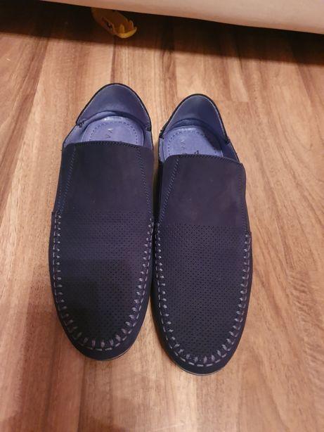 Buty mokasyny nowe Van Horn