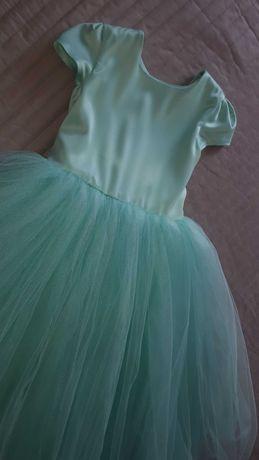 Шикарное платье девочке 5-7 лет