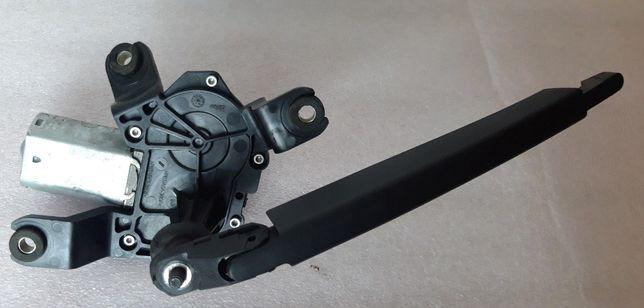 Моторчик заднего дворника OPEL INSIGNIA стеклоочистителя Опель13227418