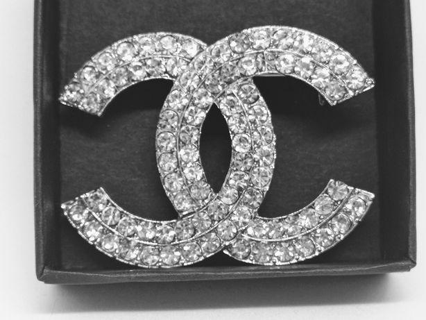 Klasyczna broszka cc duże cyrkonie srebrna