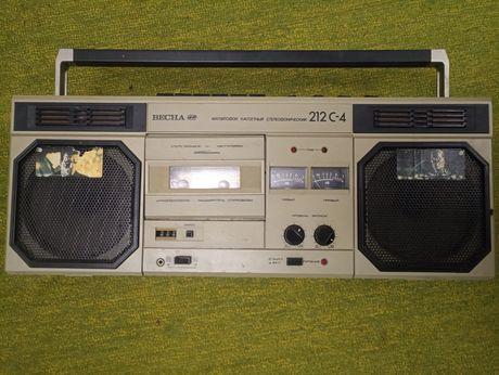 Продам магнитофон кассетный  Весна 212 - 4