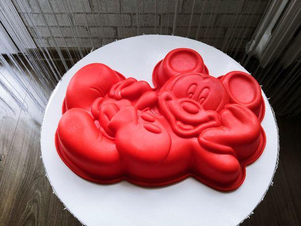 Foremka silikonowa do ciasta - Myszka Miki - za chusteczki mokre.