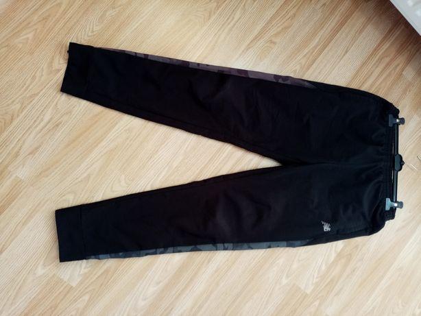 Męskie spodnie dresowe New Balance