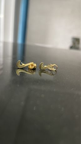 Kolczyki Nike kolor złoty