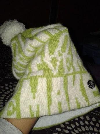 Модная шапка Villa Wool