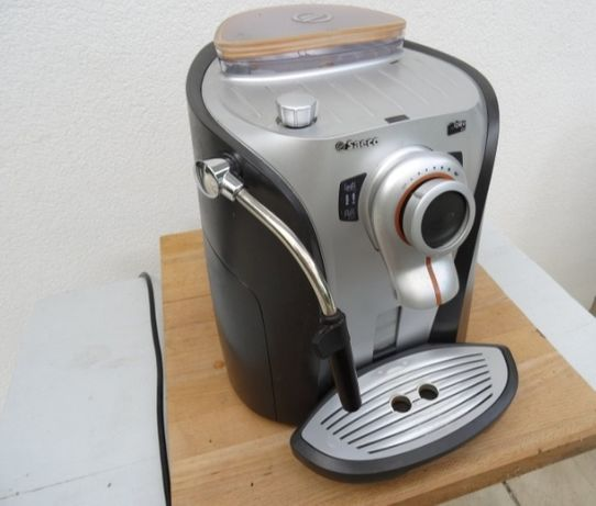 Máquina de café saeco