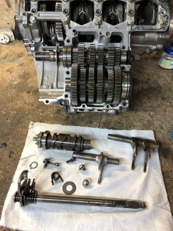 Skrzynia biegów suzuki gsx-r 750 K3 (k2, k1) części