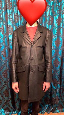 Шкіряна курточка .
