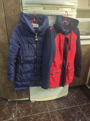 Куртки женские много