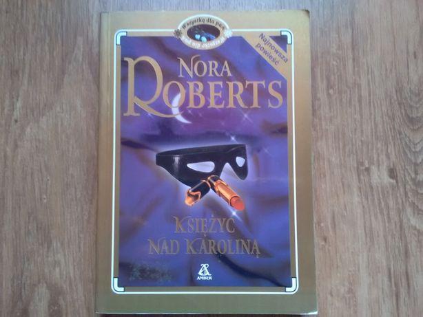 Nora Roberts . Księżyc nad Karoliną