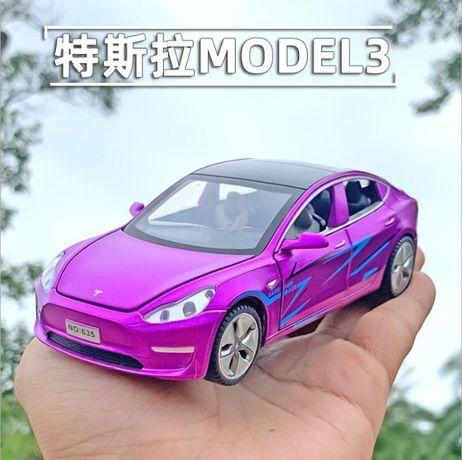 Коллекционная машинка Tesla Model 3. Новая, масштаб 1.32