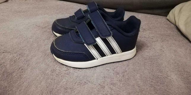 Buty Adidas rozm. 21