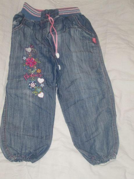 штаны на девочку 4-6 лет легкие
