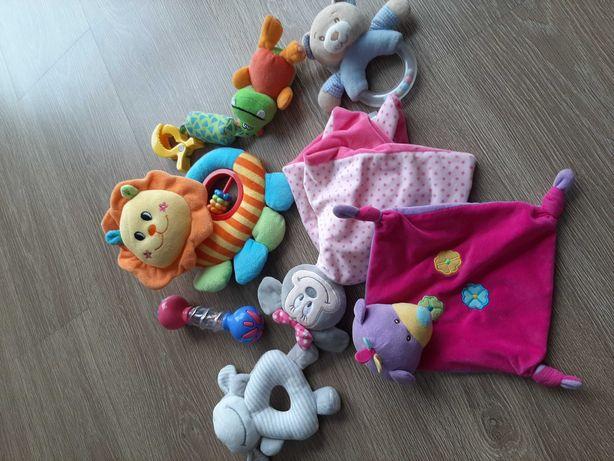 Zestaw zabawek dla maluszka