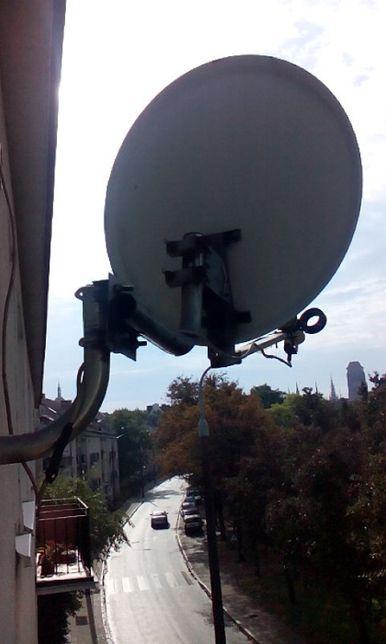 Antena satelitarna (czasza z przetwornikiem), sprawna