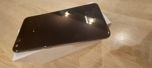 Huawei P10 lite в отличном состоянии