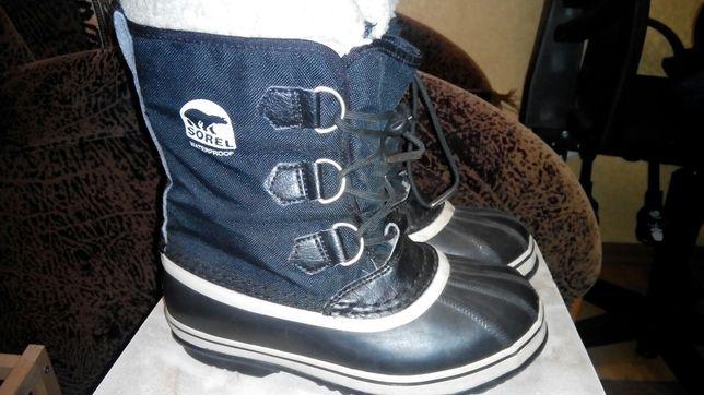 Sorel брендові дитячі зимові сапожки 34р, сноубутси