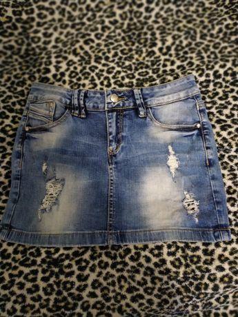Продам джинсову юбку.