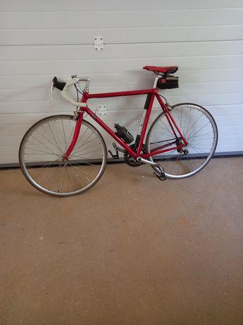 Vendo bicicleta de estrada