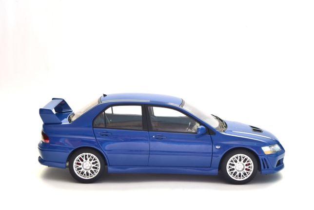1:18 AUTOart Mitsubishi Lancer EVO VII - Blue
