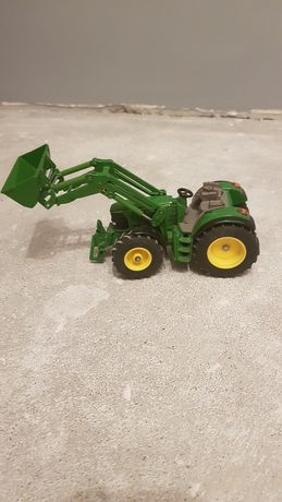 Traktory metalowe