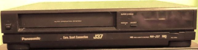 Видеомагнитофон Panasonic J 37