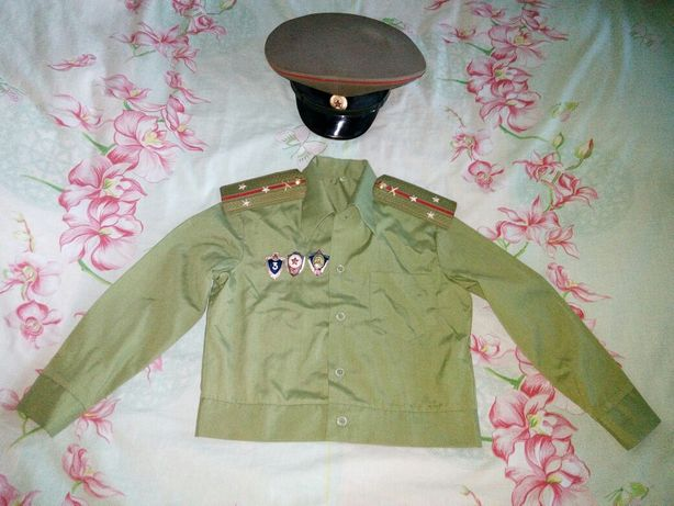 Дитяча сорочка+фуражка радянського офіцера.
