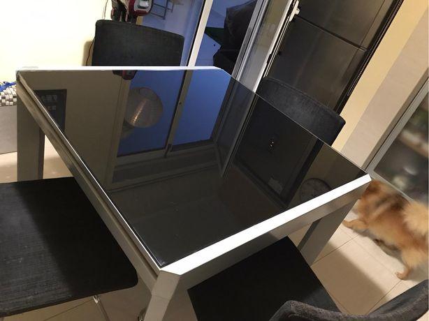 Mesa extensível de Vidro + 4 cadeiras