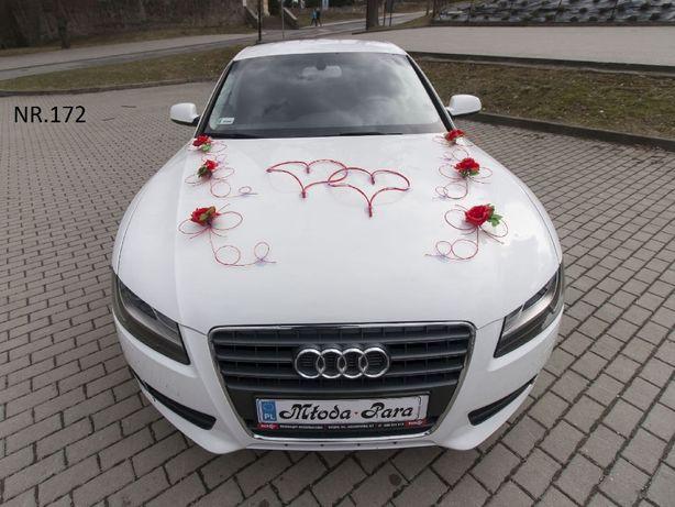 Czerwona śliczna dekoracje/ozdoby/stroiki na samochód/auto