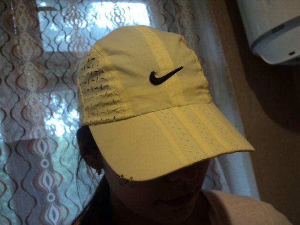 жёлтая кепка - отдам даром