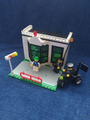 """Лего ,,поліцейська частина""""."""