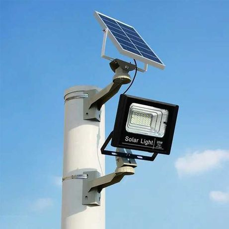 Projetor luz solar 25w com comando interior /exterior Novo