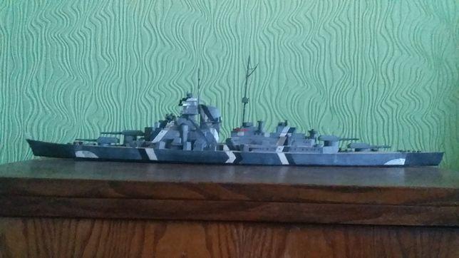 Продам модель (макет) линкора Бисмарк